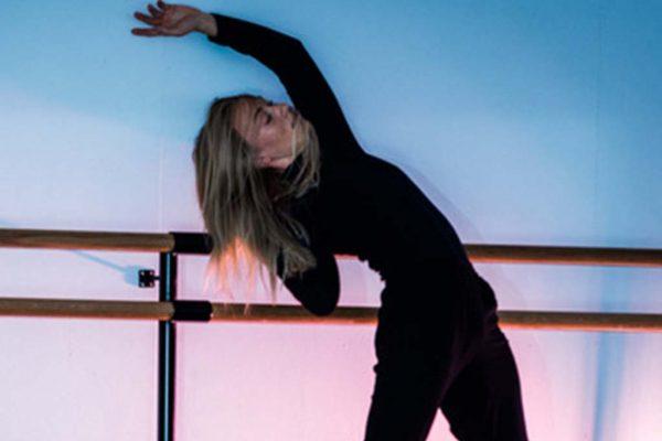 Maria danser - Ina Vikøren